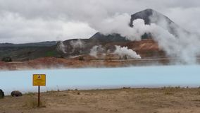 Blå termisk sjö i Island Royaltyfri Foto