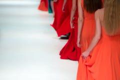 blå ton för show för modeexponeringsfotograf Arkivbilder