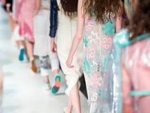 blå ton för show för modeexponeringsfotograf Royaltyfri Fotografi