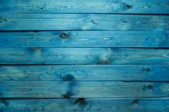 Blå träplankabakgrund royaltyfria bilder