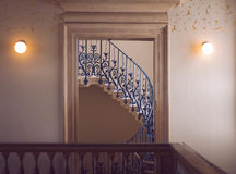 blå trappa royaltyfri bild