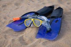 blå utrustning som snorkeling Royaltyfria Foton