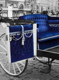 blå vagn Arkivfoton