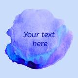 Blå vattenfärgfläck göra sammandrag den din bakgrundsdesignen Fotografering för Bildbyråer