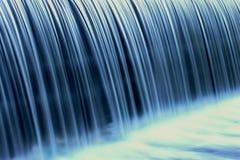 blå vattenfall Arkivfoto