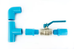 blå ventil för anslutningsrørpvc Arkivbilder