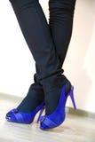blåa benskor Royaltyfria Bilder