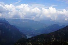 Blåa berg Österrike Arkivfoto