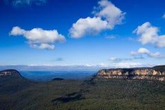 Blåa bergklippor Arkivbilder