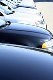 blåa bilar fotografering för bildbyråer