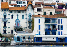 blåa cadaques house symbol Arkivfoto