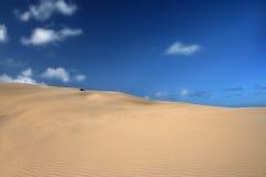 blåa dyner sand skies Royaltyfri Fotografi
