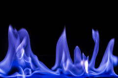 Blåa flammor, brand Arkivbilder