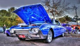 Blåa Ford Thunderbird Royaltyfria Bilder