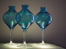 blåa glass vases Arkivbild