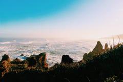 Blåa hav och vågor Arkivbilder