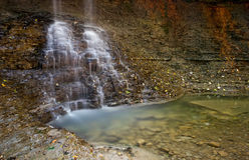 Blåa Hen Falls, Cuyahoga dalnationalpark Arkivfoton