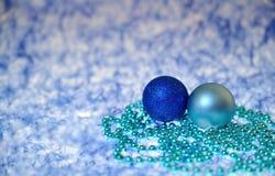 Blåa julbollar Fotografering för Bildbyråer