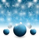 Blåa julbollar Arkivbild