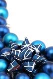 blåa julprydnadar Arkivbild