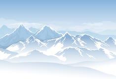 Blåa kalla dimmiga berg för vektor med snö och moln i himlen Royaltyfri Bild