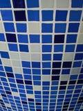blåa keramiska tegelplattor Royaltyfri Bild