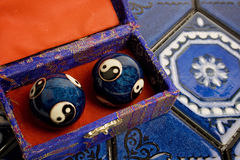 Blåa kinesBaoding bollar Arkivbild