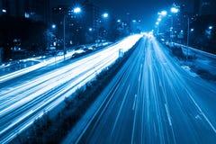 blåa ljusa signaltrails Arkivbilder