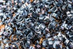 Blåa metallshavings industriell abstrakt bakgrund Royaltyfria Bilder