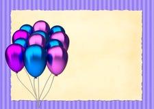 Blåa och purpurfärgade födelsedagballonger Fotografering för Bildbyråer