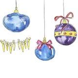 Blåa och violetta julbollar Vattenfärgen skissar stock illustrationer