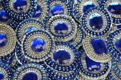 Blåa och vita karnevalgarneringar Salvador Brazil royaltyfria foton