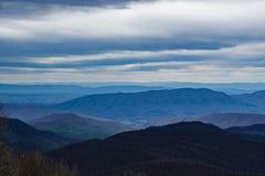 Blåa Ridge Mountains av Virginia, USA arkivbilder
