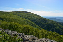 Blåa Ridge Mountains i sommar Arkivbilder