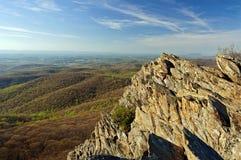 Blåa Ridge Mountains Vista nära solnedgång Arkivfoto