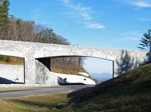 Blåa Ridge Parkway Overpass Boone NC Fotografering för Bildbyråer