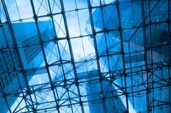 Blåa skyskrapor Arkivfoton