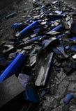 blåa splittrade tegelplattor Royaltyfri Fotografi