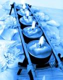 blåa stearinljus rad Royaltyfri Foto