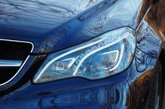 blåaktig för bilclosebillykta för lampa yellow för kapacitet ut Royaltyfri Bild
