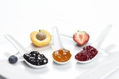 Blåbär-, aprikos- och jordgubbedriftstopp Arkivfoton