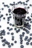 blåbärblåbärfruktsaft Arkivfoto