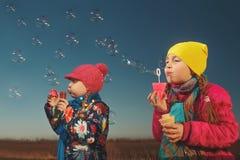 Blåsa bubblor Fotografering för Bildbyråer