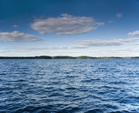 blåsig lakesommar Royaltyfri Bild