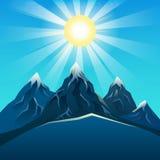 Blått berg som är realistiskt under den ljusa solvektorn Arkivfoton