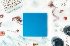 Blått bröllop- eller familjfotoalbum Royaltyfria Bilder