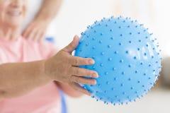 Blått broddad massageboll royaltyfri fotografi
