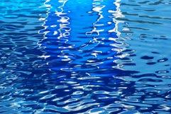 blått crystal vatten royaltyfri fotografi