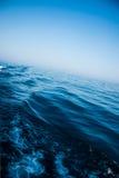 blått djupt hav Royaltyfri Bild