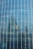 Blått exponeringsglas av byggnad fotografering för bildbyråer